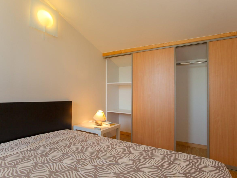Location mini villa Corse. Une des chambres doubles de la Résidence Agula Mora